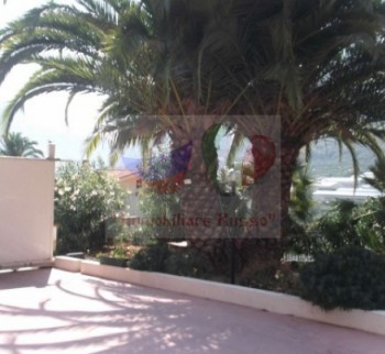 Buy part of a house in Ventimiglia