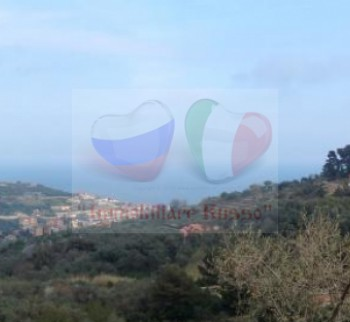 Buy a house in Liguria by the sea