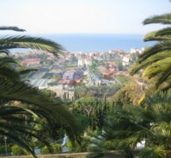 Large apartment in Italy, Bordighera