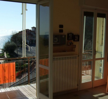 Real estate in Liguria, buy an apartment in Marina...