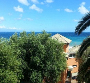 Apartment 50 meters from the sea in Arenzano