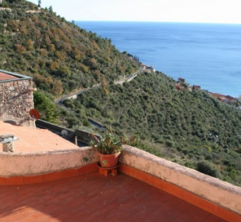 Apartment with sea view in Borgio Verezzi