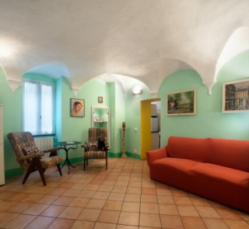 Apartments in Pieve di Teco in an old house