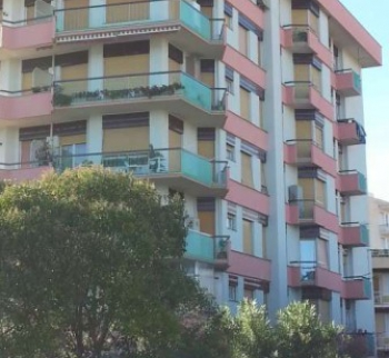 Apartment in Albenga 30 meters from the sea