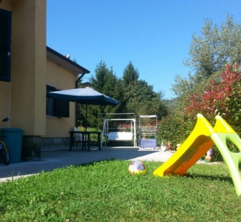 One-storey house in Beverino
