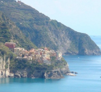 Apartments on the sea in the Cinque Terre in Verna...