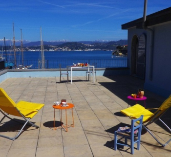 Portovenere apartments for rent by the sea
