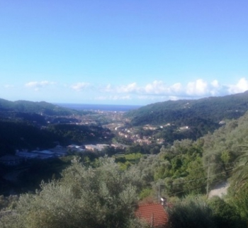 Cheap property in Italy, Carasco