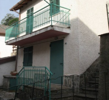 Cheap house in Rezzoallo