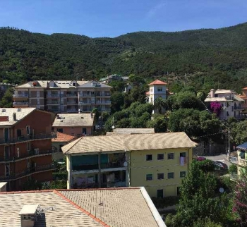 Apartment near the sea in Deiva Marina