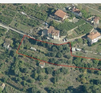 Land with a project of a house by the sea in San Remo