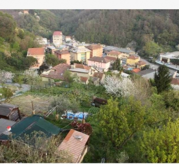 Cheap apartment with a garden in Sant Olchez