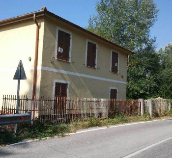Cheap house in Piana Crixia