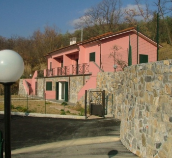 Villa Apartment in Chiusanico