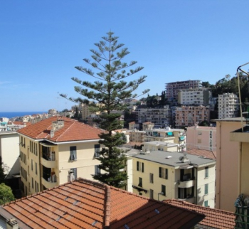 Apartment with sea view in the center of Sanremo
