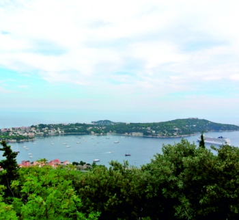 Beautiful villa with pool in Villefranche-sur-Mer,...