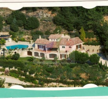 Buy a villa in Sperased Cote d'Azur France