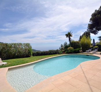 Villa with sea and mountain views in the town of E...