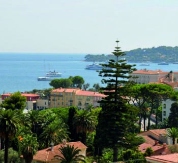 Apartment with sea view in Beaulieu-sur-Mer