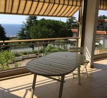 Apartment in San Remo with pool and sea view
