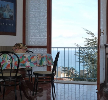 Apartment with sea view 700 meters from the beach in S ...