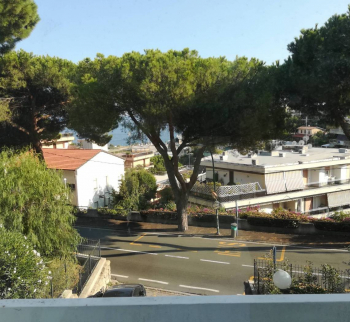 Buy a property with sea views in Sanremo