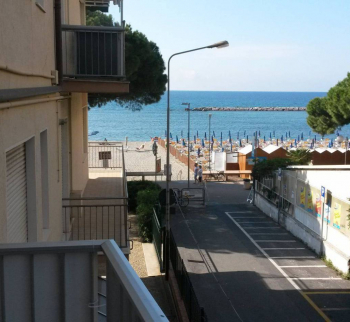 Apartment 20 meters from the sea in San Bartolomeo...