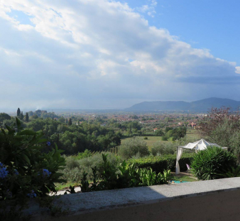 Villa with pool in Castelnuovo Magra