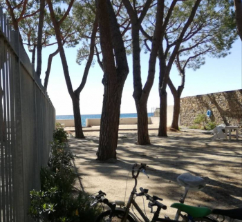 Property by the sea in Diano Marina