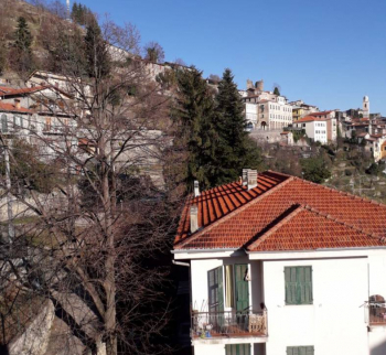 Apartment with a garden in Triora, Liguria