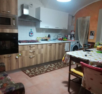 Ventimiglia apartment in a two-family house