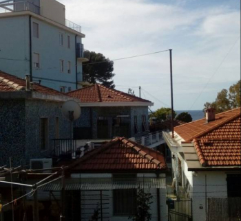 Apartment 200 meters from the beach in Armaggio Ta...