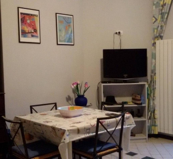 Apartment in a villa in Sanremo
