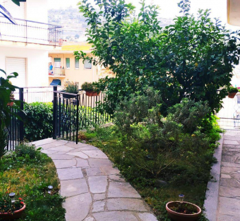 Apartment with orchard in Sanremo