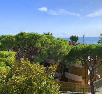 Large apartment in Sanremo