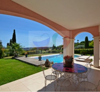 Buy a house, a villa in Nice
