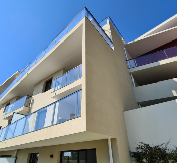 New apartment with sea views in Beausoleil