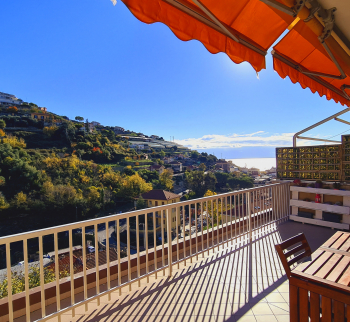 Penthouse in Sanremo with parking