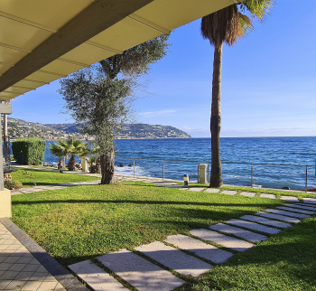 House on the first line by the sea in Bordighera