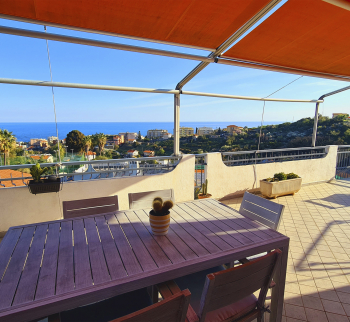 Penthouse in Sanremo with sea view