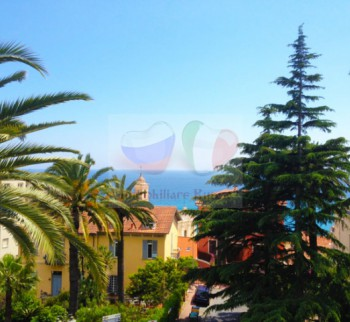 Rent apartments in Italy by the sea Ospedaletti