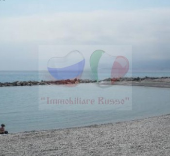 Apartment by the sea in the Empire by the sea of Liguria