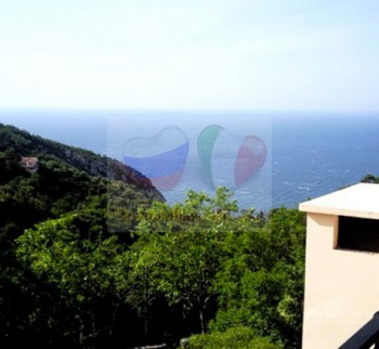 Buy apartments in Eze on the French Riviera ...