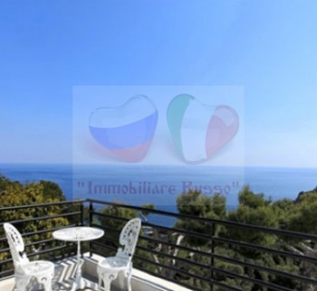 Buy a villa on the Cote d'Azur in France at the Eze Bord ...