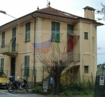 Apartments to buy in Liguria, Empire cheap