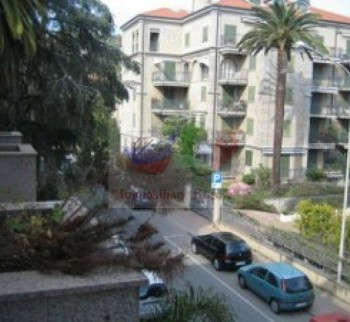 Apartment for sale in the center of Bordighera