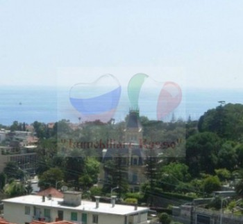 Inexpensive apartment by the sea in Sanremo, buy in the League ...