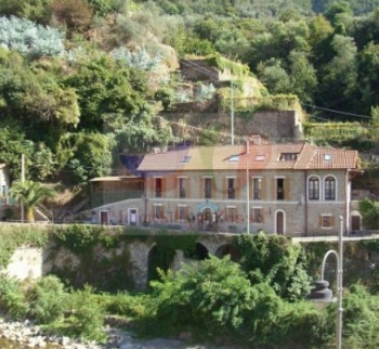 Buy an inexpensive apartment in Liguria, Badalucco