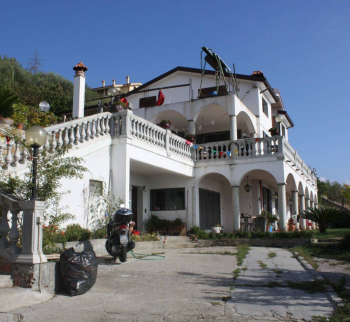 Buy a villa in Liguria