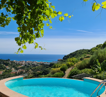 Villa in Bordighera with sea view